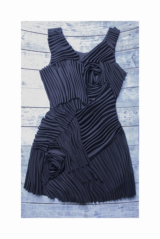 Devant de robe avec volants cousus à effet 3D