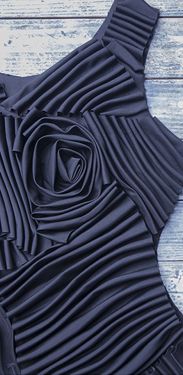 abito con balze cucito effetto 3D